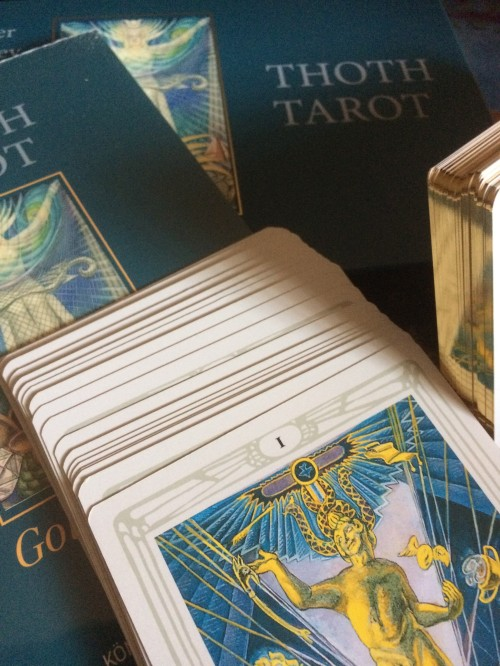 Thot Tarot Gold Edition 2